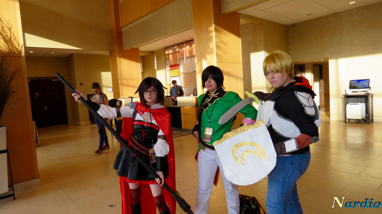 rwby-cosplay-group-derpycon-2016-003