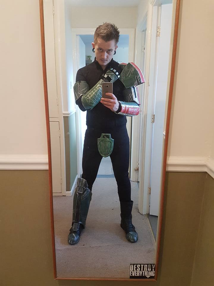 Alex Cosplay N7 Armor 003