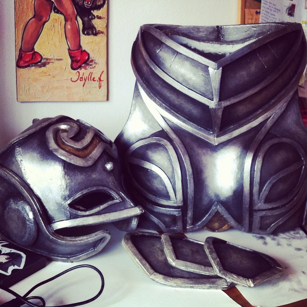 Sheres Cosplay Thor Chest 003