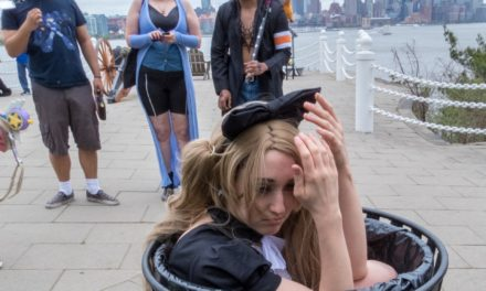 Picture of the Day: Stuff Cosplayers Do