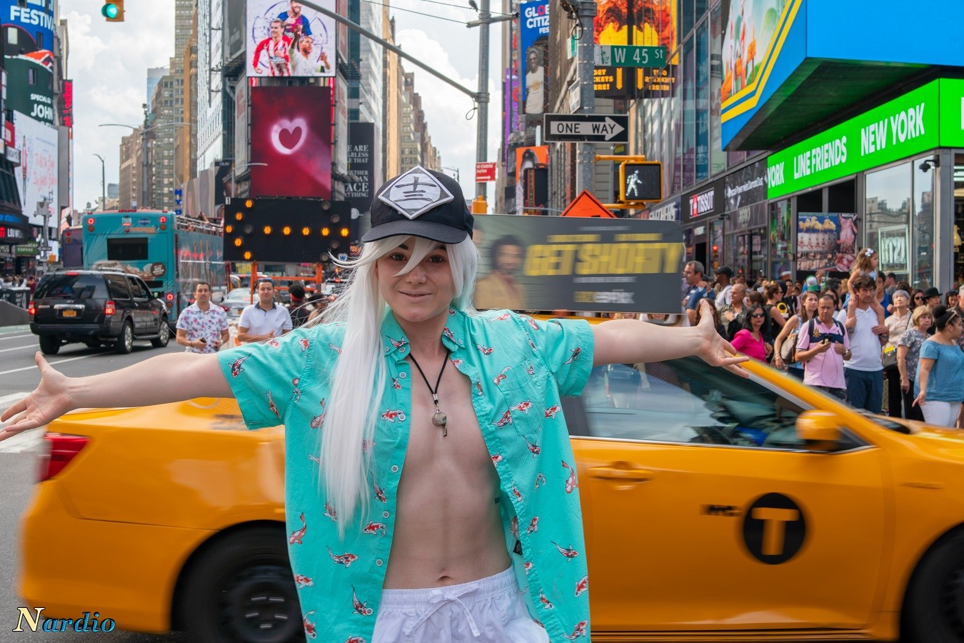 Brave Little Cosplay's Time Square Fun