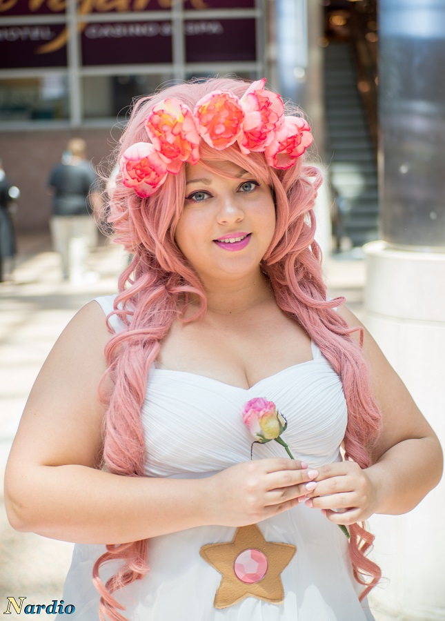 Rose Quartz Cosplay